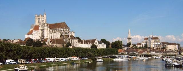 Ville d'Auxerre - Eglise
