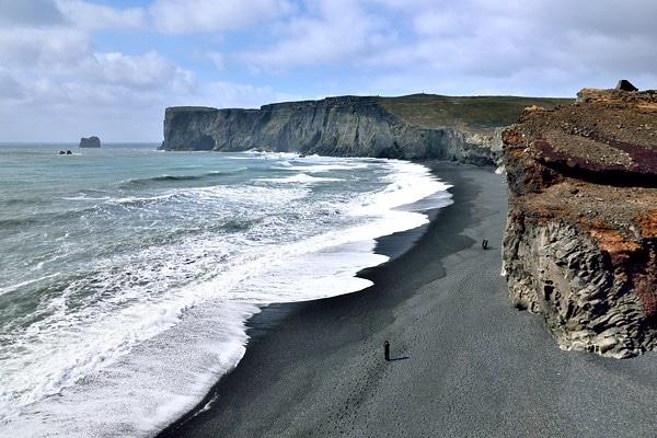 plage sable noire