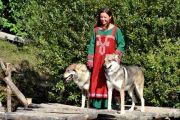 Puy du Fou - Dresseuse de loup